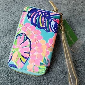 Lilly Tiki Palm Beach Wristlet
